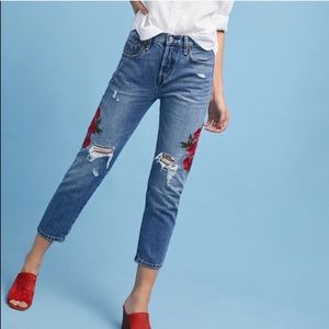 Anthropologie Levi's Embroidery Floral Tapered 28
